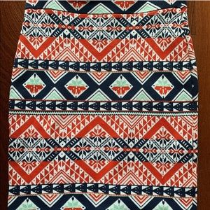 BCBG pattern bandage skirt size m
